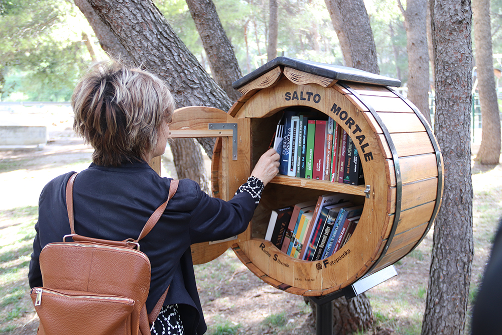 Open air library opens in Sibenik