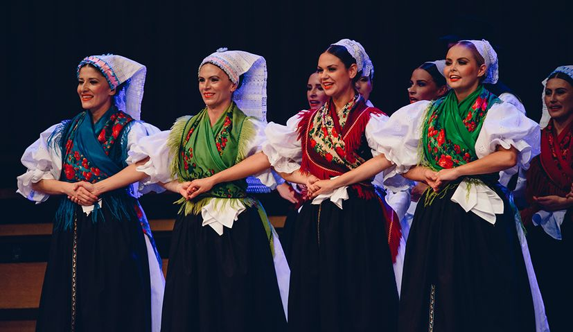 Croatian folk ensemble LADO touring Poland
