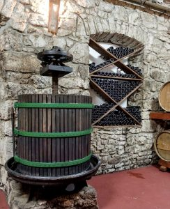 The Pelješac Cellars Festival is the first of five thematic festivals planned by the tourist boards of Ston, Janjina, Trpanj and Orebić