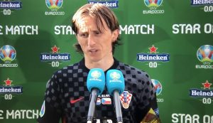 Croatia players and coach react after draw against Czech Republic