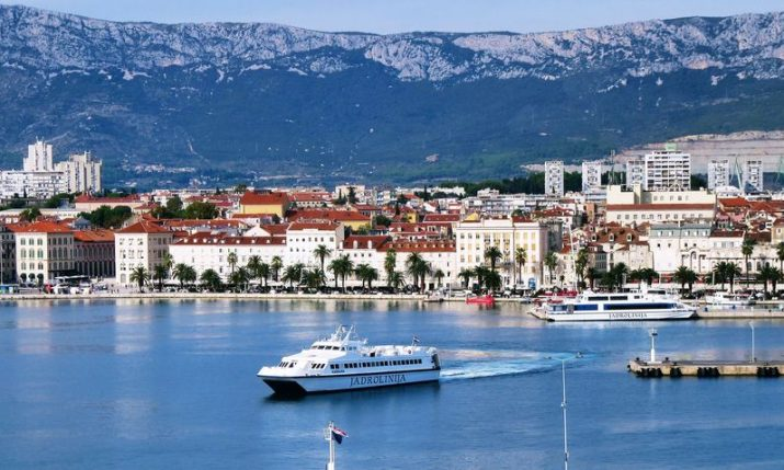 New fast catamaran lines connecting Split and island of Brač introduced