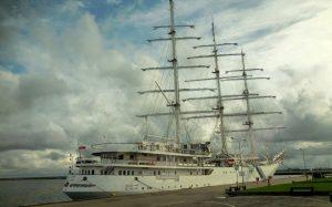 El-Mellah training sailing ship docks in Split - open for visitors