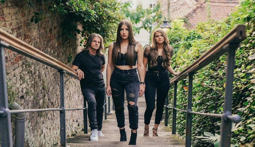 VIDEO: Returnee family band from Australia winning over Croatian music scene