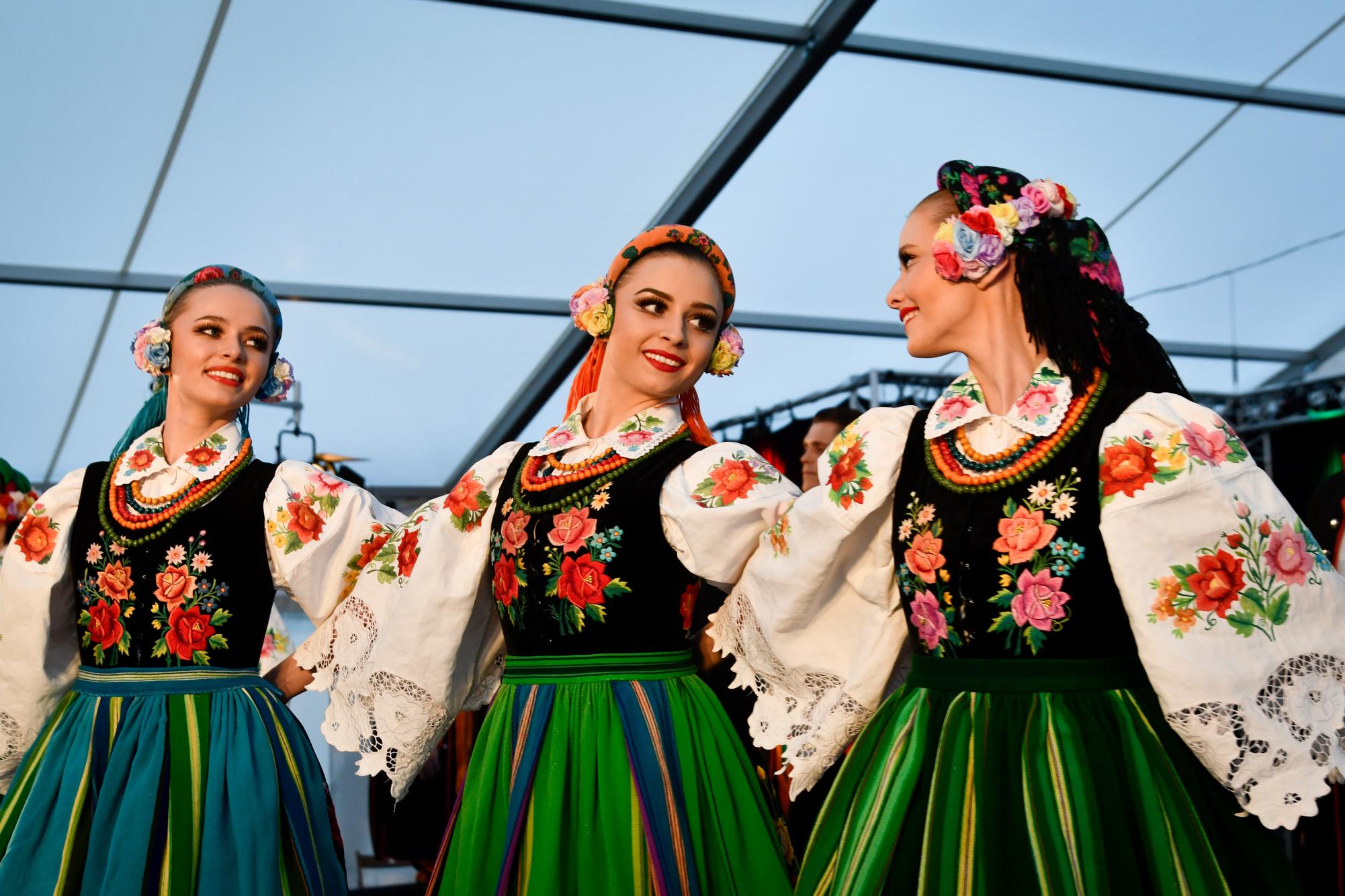 LADO oferuje piękno chorwackich tradycyjnych tańców i pieśni w Polsce