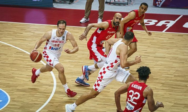 Croatia beats Tunisia to reach semi-finals of Olympic basketball qualifying tournament