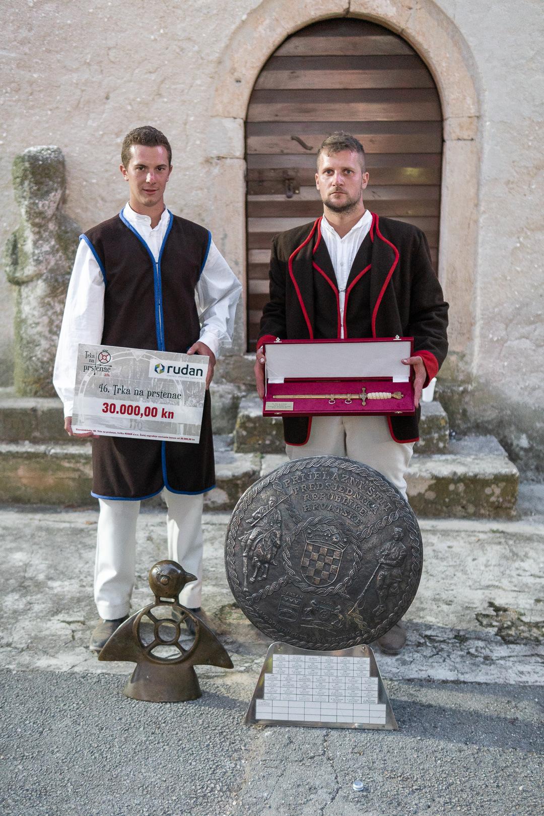 Luka Kancelar wins the 46th traditional Prstenac Race