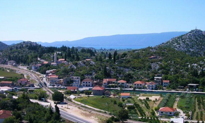 The small beach-less Dalmatian destination tourists are flockingto