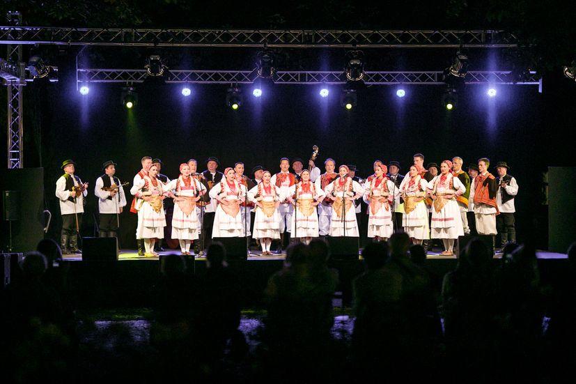 : First LADO Croatian folk festival officially opened