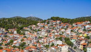Croatians invited to apply for family home energy renovation funding