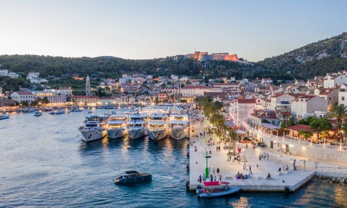 Tourists flows in Croatia continue despite country going 'red' on ECDC map