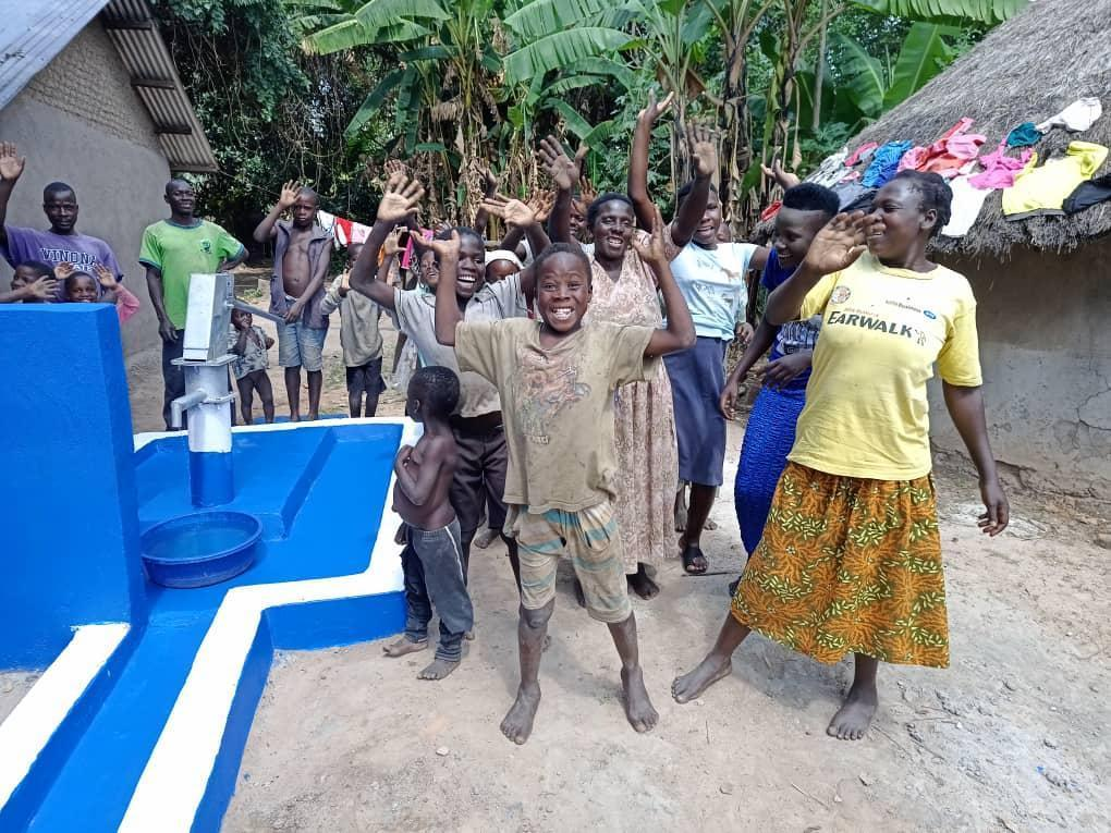 Mario Mandarić launches new project to a build wells in Uganda